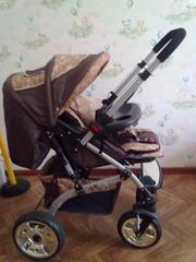 Детская коляска с пузырьками